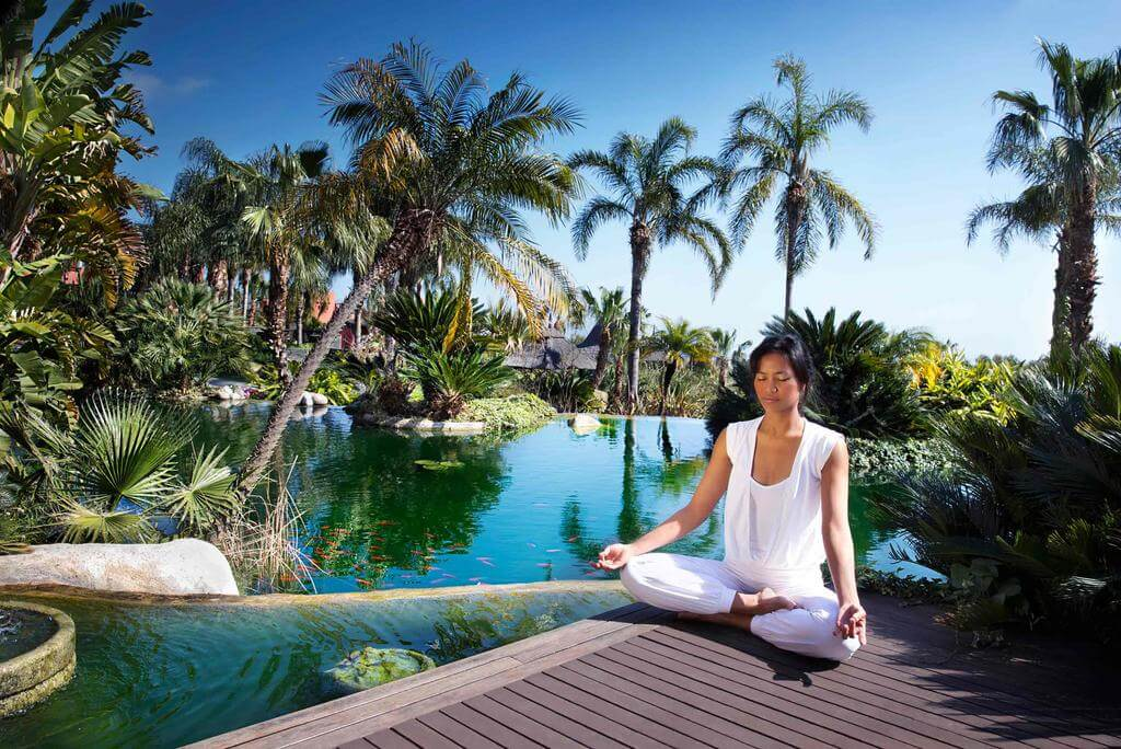 yoga-hotel-yoguihotel-asia-garden