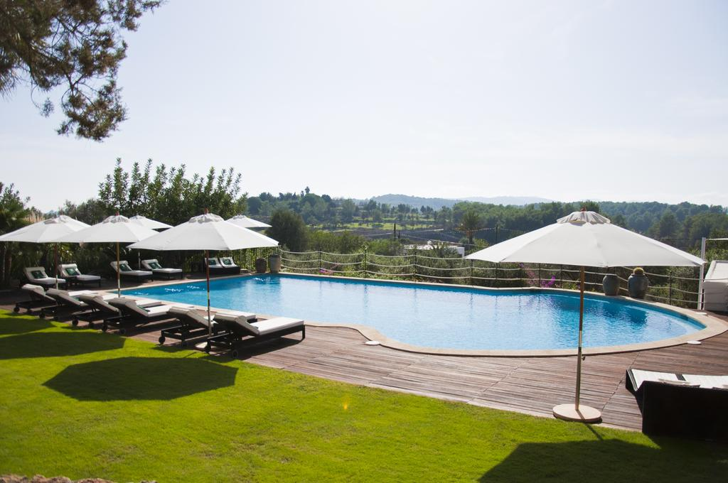 yoga-hotel-yoguihotel-hacienda-cas-gasi-piscina