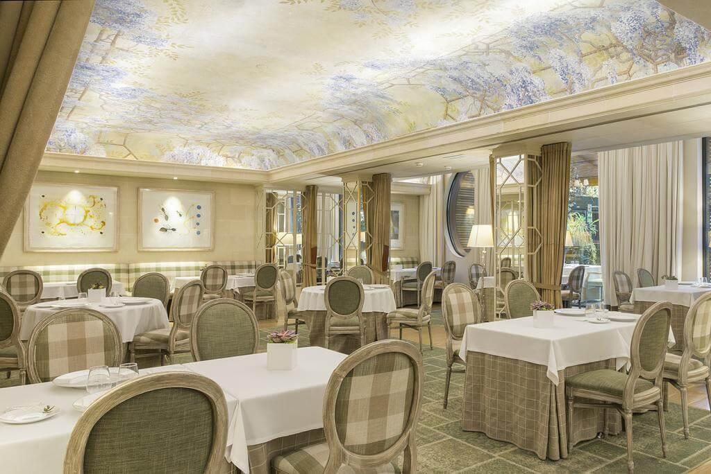hotel_yoga_yoguihotel_majestic_restaurante